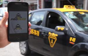 Se suman 100 taxistas a la Plataforma Protaxi